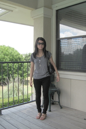 Rogan t-shirt - forever 21 pants - kate spade shoes - Ray bans sunglasses