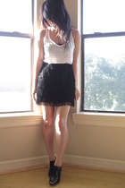 black fringe Express skirt - black oxfords heels Forever 21 shoes