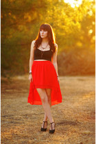 red high-low Urban Outfitters skirt - black crop top Nasty Gal shirt