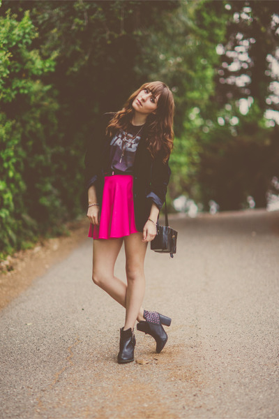 hot pink skater OASAP skirt
