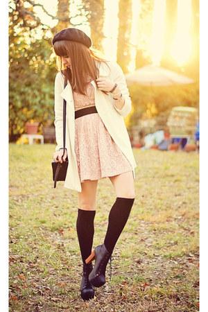 light pink lace Forever 21 dress - white long Forever21 coat