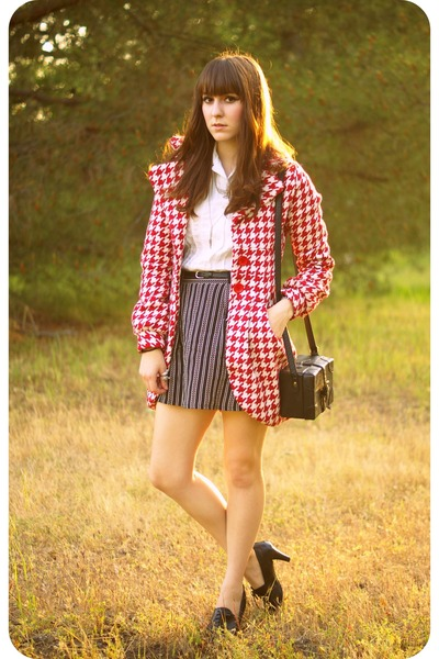 red mod bette coat - white mod vintage shirt - black mod forever skirt