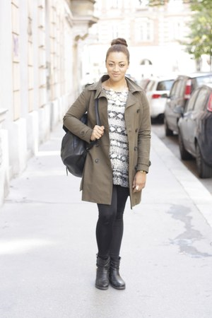 army green trench coat clockhouse jacket - black leather max shoes boots