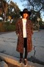 Tapestry-vintage-coat-leopard-print-vans-sneakers