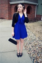 black vintage shoes - blue swapped dress - black gifted hat - black vintage bag