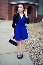 black vintage shoes - blue swapped dress - black gifted hat - black vintage bag
