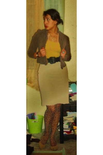 Forever 21 tights - Forever 21 shoes - blue Forever 21 belt - brown blazer - Pat
