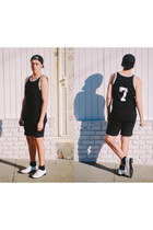 black snapback Amazoncom hat - black thrifted shorts