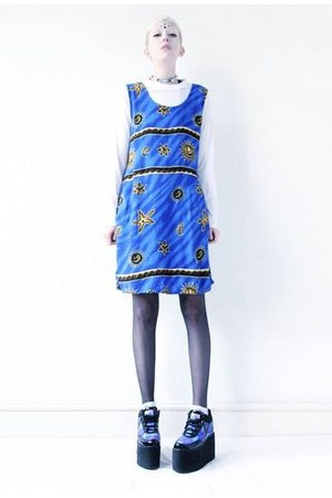 blue vintage Mind the Mustard dress