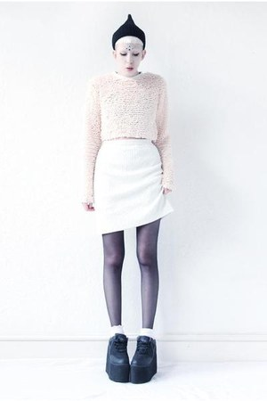 white mini Mind the Mustard skirt - nude fluffy Mind the Mustard top