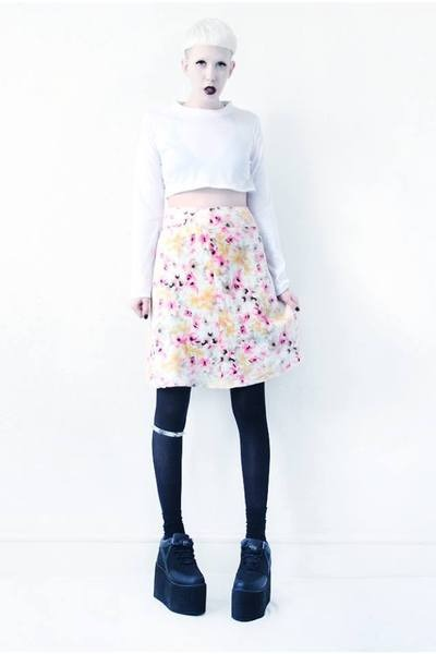 white floral Mind the Mustard skirt - black platforms Cute to the Core shoes