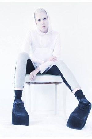 white hoodie Mind the Mustard top - black platforms YRU shoes
