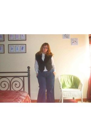 blue La Redoute jeans - white Sfera shirt - black zara fur scarf