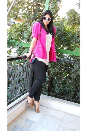 hot pink vintage blazer - Topshop bag - navy Topshop pants - off white Topshop t