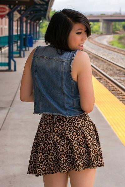 denim papaya vest - leopard print H&M skirt