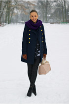navy woolen Top Secret coat - nude New Yorker bag - black denim Pepe Jeans pants