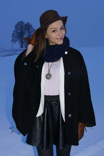 dark brown second hand hat - black coat - white Sheinside blazer