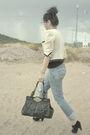 Blue-abercrombie-and-fitch-jeans-black-steve-madden-shoes-black-coach-purse-