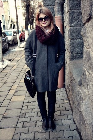 oversized Only coat - burgundy H&M scarf - Bershka bag - H&M sunglasses