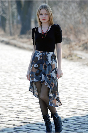 brown DIY skirt - black new look boots - black c&a blouse