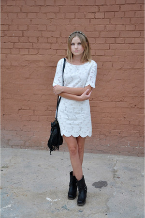 white Massimo Dutti dress - black bronx boots