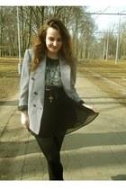 Gate skirt - H&M shirt