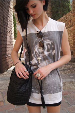 white t-shirt - black Topshop skirt - black Sfera bag - Miss Selfride glasses -