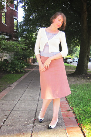 pink midi Marni skirt - white plastic cardigan - periwinkle ruffle top