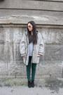 Zara-boots-stradivarius-pants