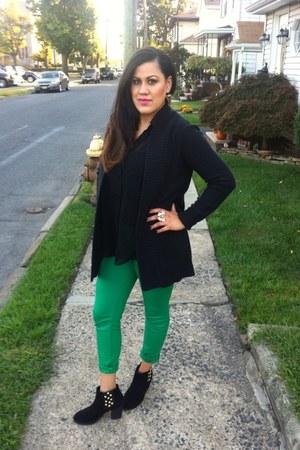 black Diba boots - black H&M cardigan - black Forever 21 blouse