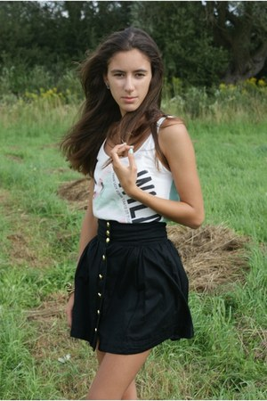 black H&M skirt - white Bershka top