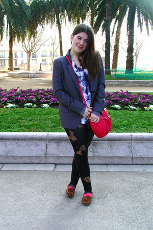 black Insight leggings - gray Bimba&Lola blazer - coral leather Mango bag - fluo