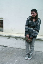 gray vintage jumper - silver Cooked jeans - camel Pepe Jeans belt - silver Corte