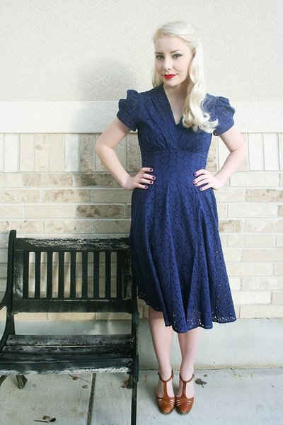 blue Trashy Diva dress - brown vintage shoes