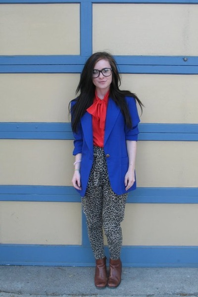 brown white mt shoes - vintage blazer - red thrifted top - black Forever 21 pant