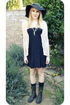 black vintage dress - black modcloth hat - crochet vintage vest