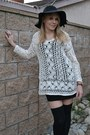 Black-modcloth-hat-crochet-thrifted-top