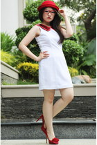 red flower Valentino heels - white simple dress - red bowler hat