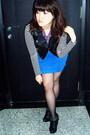 Black-forever21-vest-blue-zara-skirt-black-gojane-boots-black-random-brand