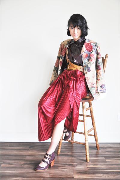 American Apparel skirt - Steve Madden heels