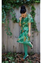 Vintage Thrifted dress - columbine from myer tights - Diva brooch accessories
