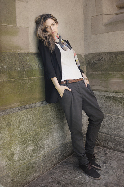 blazer - pants - Mango belt - H&M t-shirt - H&M scarf - Bata shoes