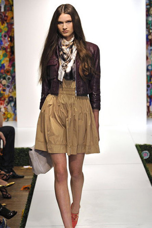 Mulberry jacket - Mulberry skirt - Mulberry shoes - Mulberry scarf