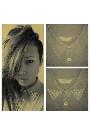 dark khaki pearls thrifted shirt