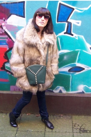 H&M jacket - Vintage YSL purse - Vintage YSL sunglasses - Diesel jeans - Italian