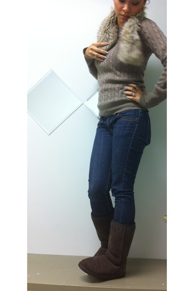 Brown Gap Sweaters Brown Abercrombie And Fitch Scarves Brown Uggs Boots | U0026quot;The Warmth Of Your ...