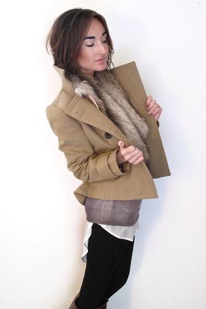 Zara blouse - Zara leggings - H&M sweater - Old Navy jacket - H&M scarf