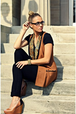 burnt orange vintage vest - black Gap pants - black BCBG wedges