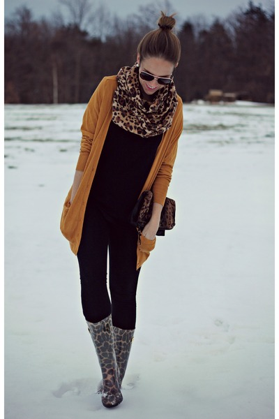 mustard Guess boots - mustard cynthia rowley cardigan