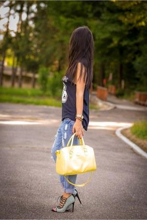 chicnova jeans - pull&bear shirt - Orsay bag - Zara sandals - Fossil watch